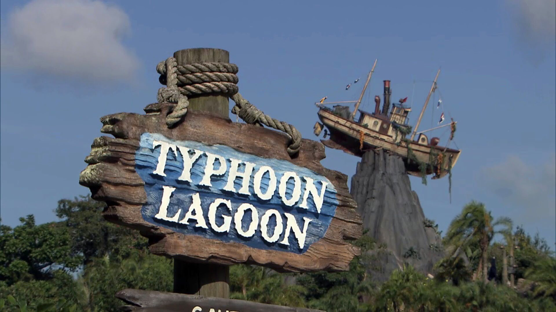 DISNEY'S TYPHOON LAGOON